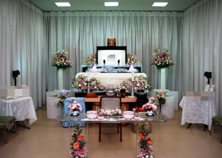 調布市の仏式:桐ヶ谷斎場での葬儀実施例