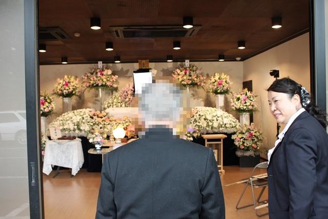 大正寺斎場の一般的な葬儀、通夜 花祭壇