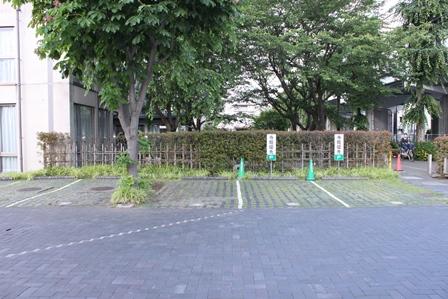 みどり会館駐車場