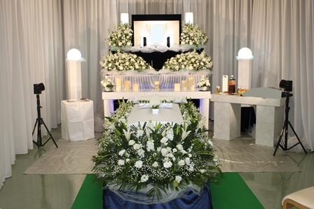 お茶屋会館無宗教葬祭壇例