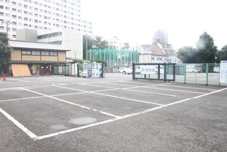妙法寺 堀之内静堂駐車場