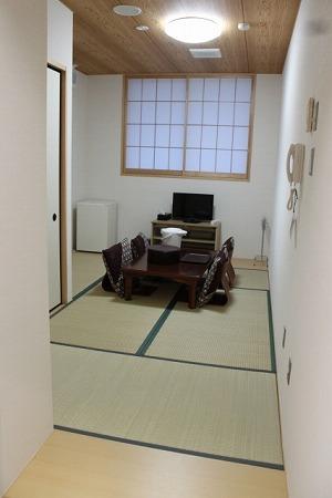 南山ホール控え室
