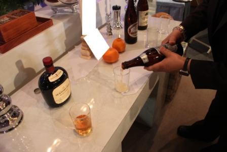 常性寺献酒