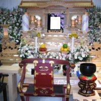 西照寺斎場祭壇