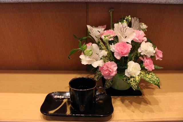 常性寺会堂お花のあしらい