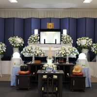 調布家族ホール祭壇