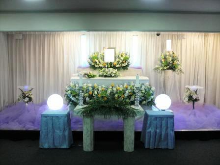 仙川斎場:無宗教花祭壇