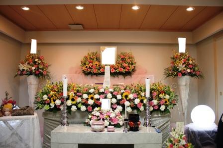 仙川斎場別院:無宗教花祭壇