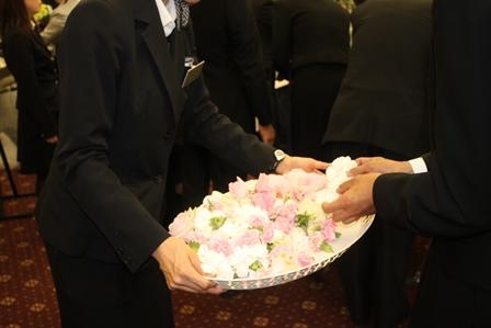 多磨葬祭場行華殿:お別れ花