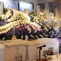 常性寺会堂仏式花祭壇