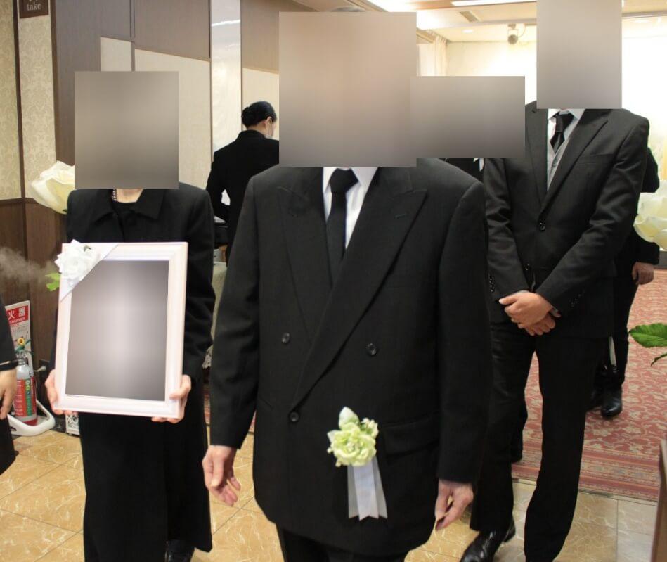 多磨葬祭場:出棺