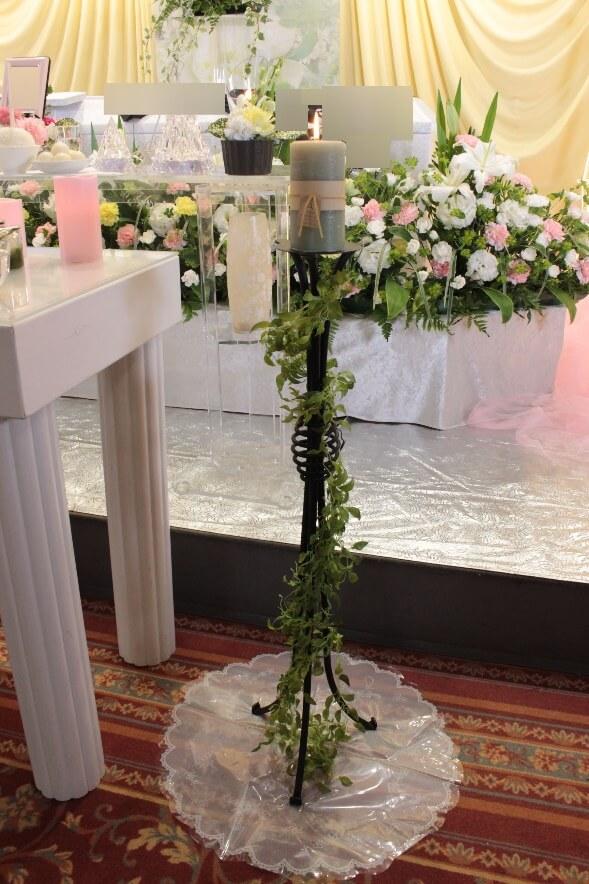 多磨葬祭場:キャンドルの飾り