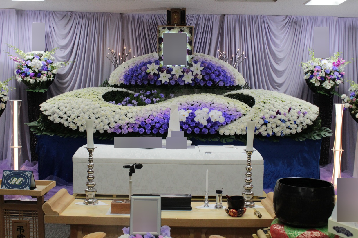南多摩斎場:祭壇の花飾り