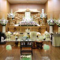 府中の森市民聖苑:花祭壇