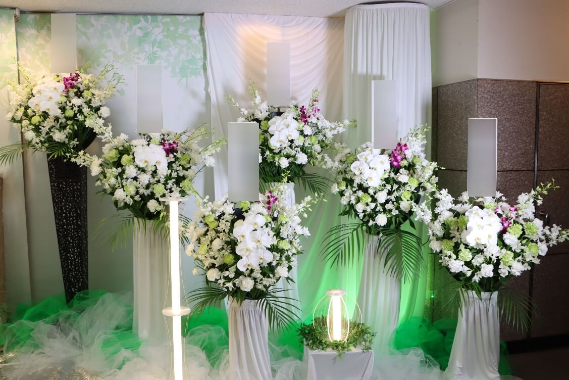 南多摩斎場第三式場:供花