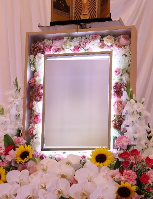 家族葬プランオプション:電照額ピンク