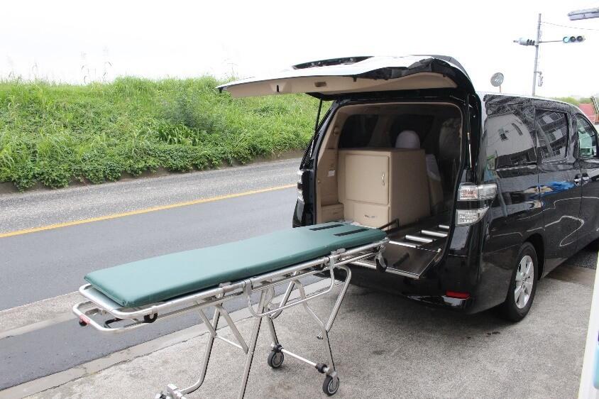 家族葬プラン:寝台車