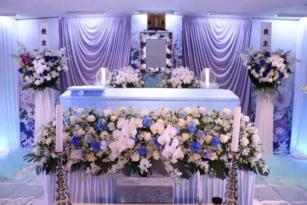 常性寺:花祭壇
