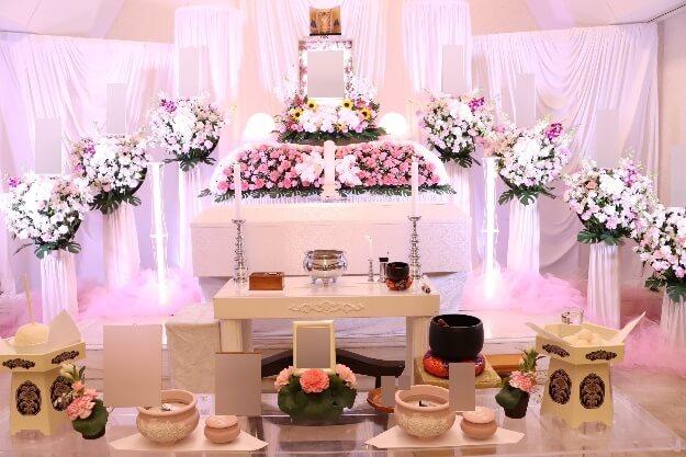 家族葬プラン:花祭壇ピンク